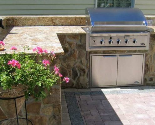 Outdoor kitchen granite at Edge Stoneworks